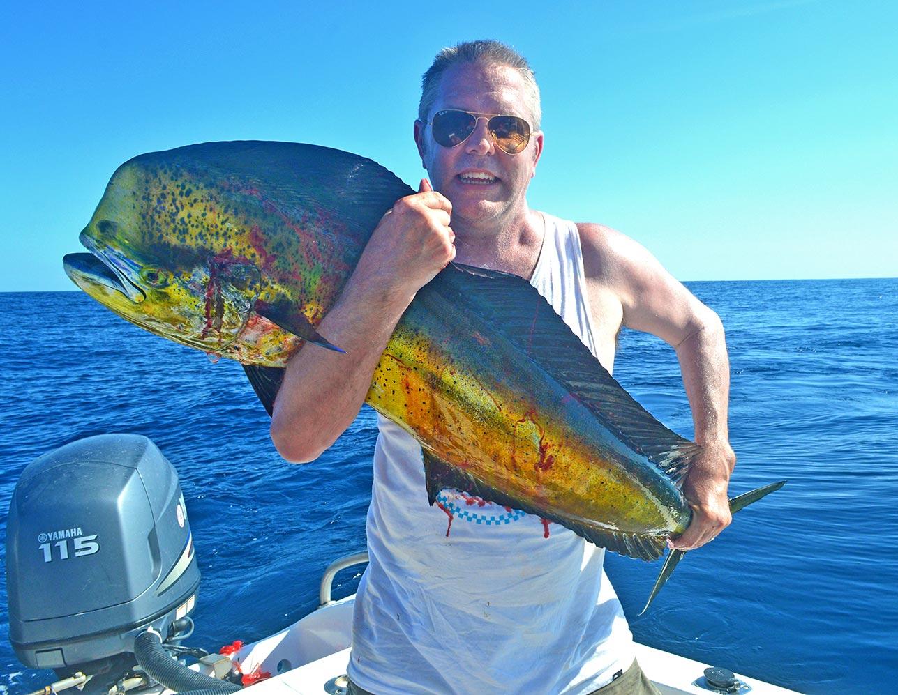 dorado-offshore-fishing-mal-pais-santa-teresa.jpg