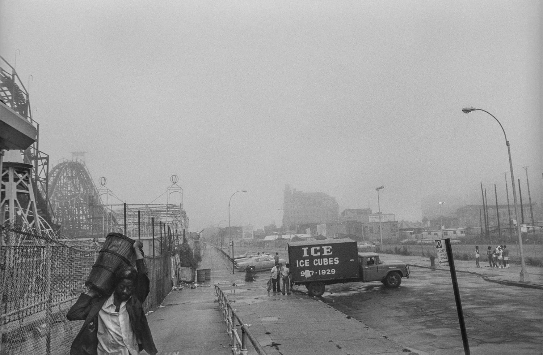 Steven Meckler-Coney Island-5.jpg
