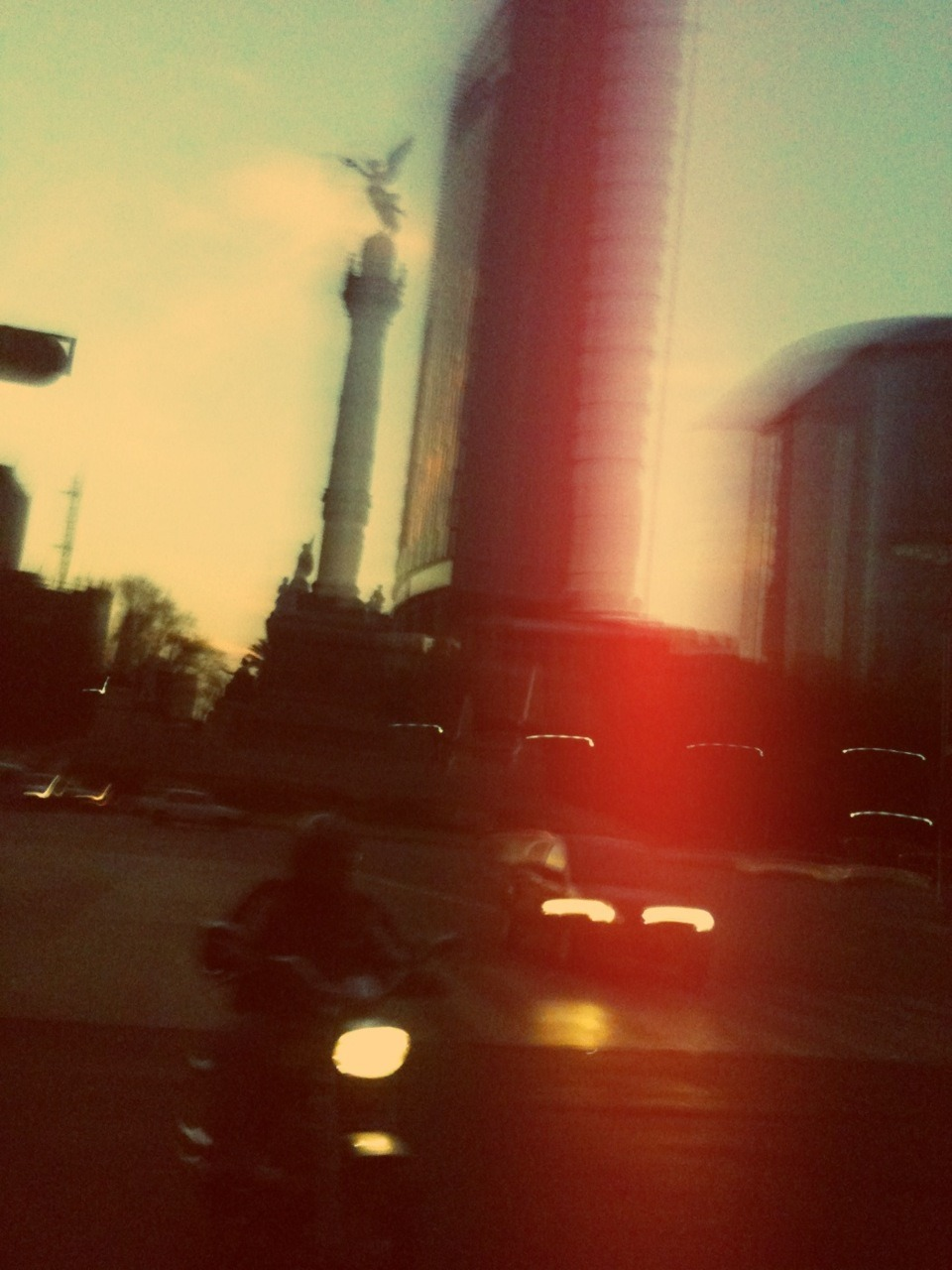 tumblr_lv1a7bxFve1qzaju6o3_1280.jpg