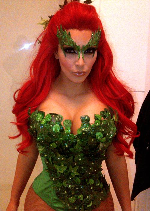 kim-kardashian-halloween-2011-poison-ivy_large.jpg