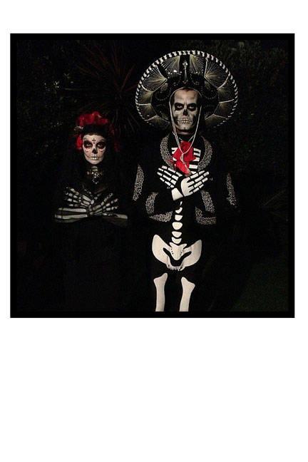 The couple creepily takes on ensembles as Dia de los Muertos Catrina dolls.FergieandJoshDuhamel.jpg