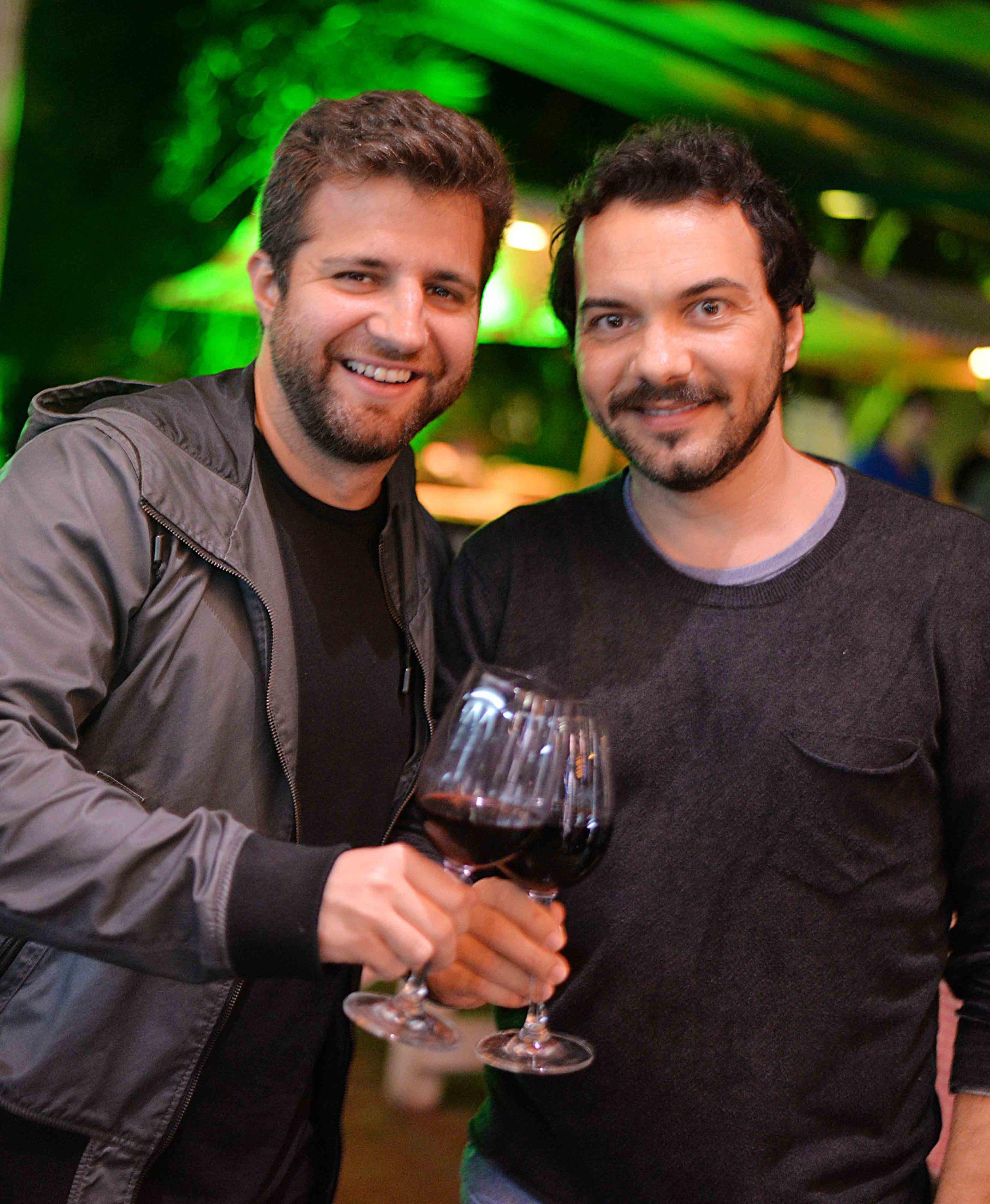 Andre Barros e Leo Paes Leme.jpg