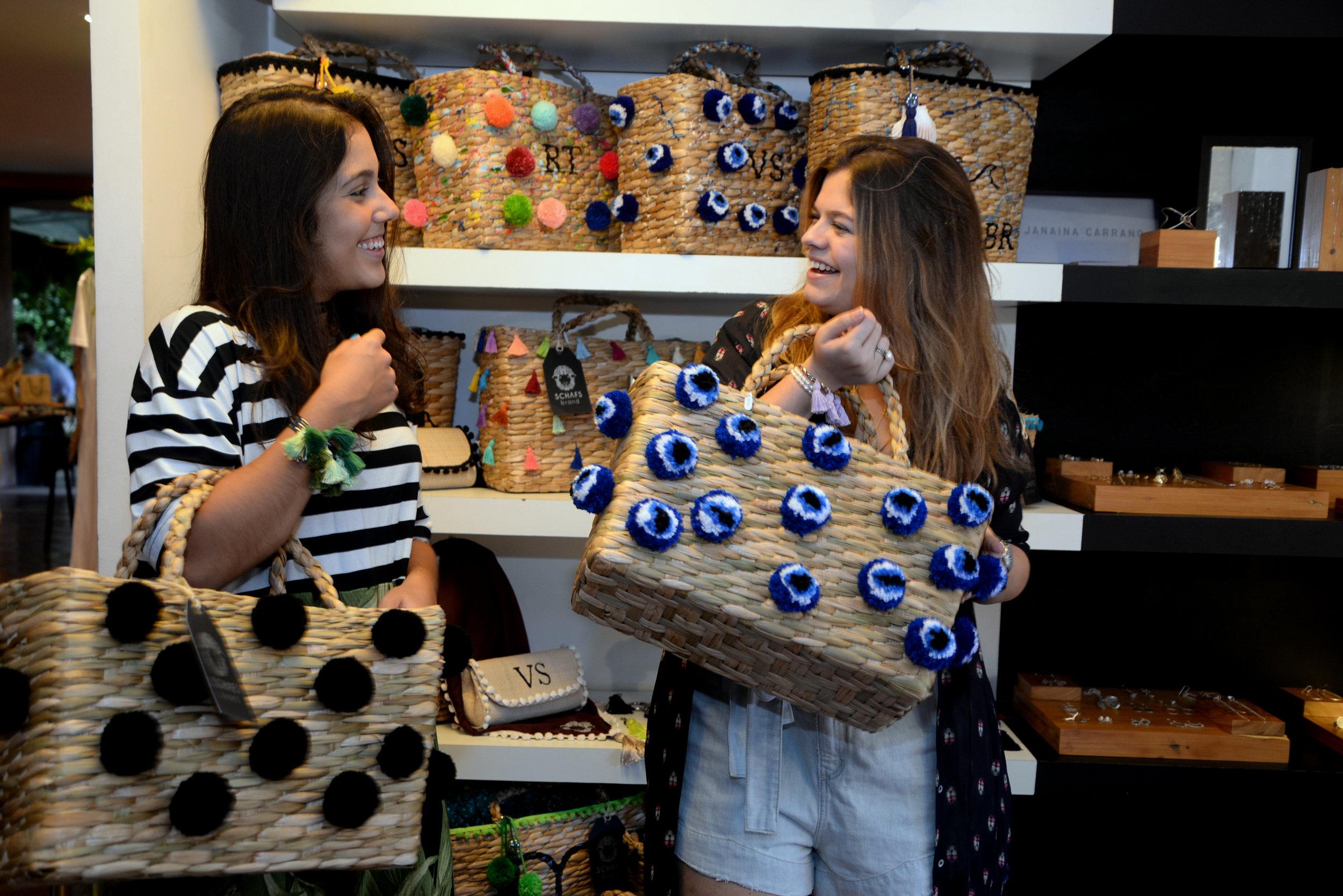 Bruna Raffo e Vanessa Schafstein.JPG