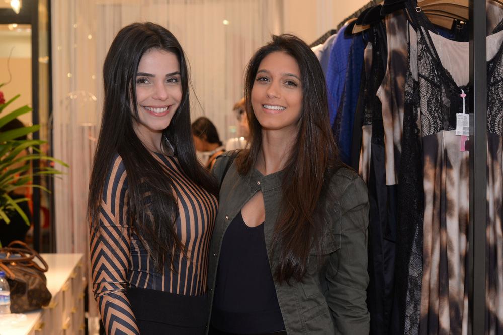 Flavia Cristine e Tais Gomes2.JPG
