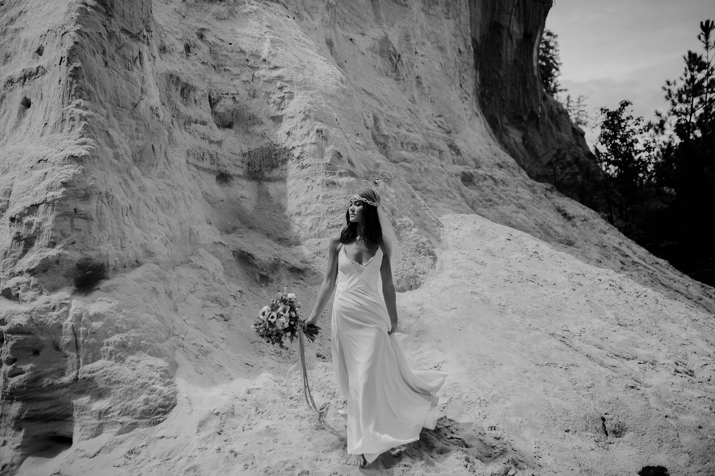 Bohemian Providence Canyon bride photographed by Farrah Power.