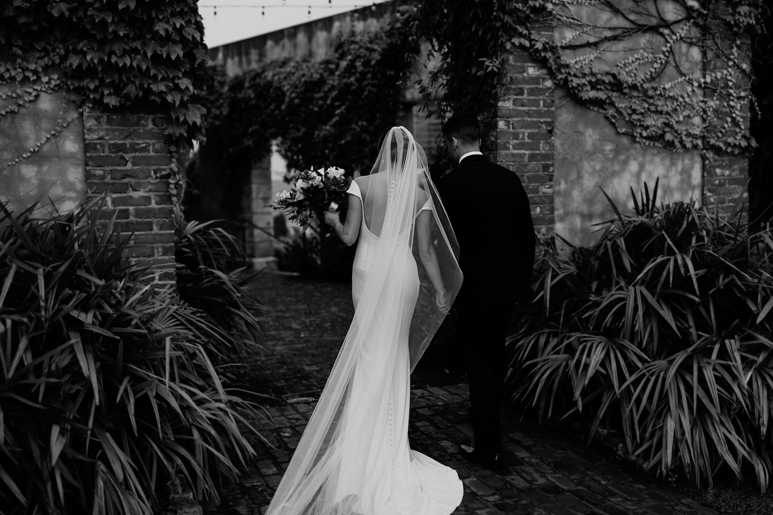 modern-summerour-studio-wedding
