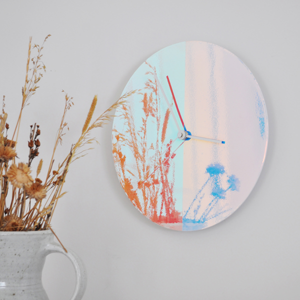 wall-clock-with-plant-2.jpg
