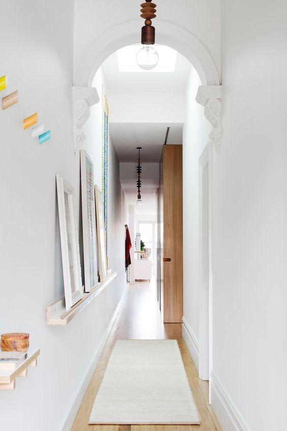 Hallway07.jpg