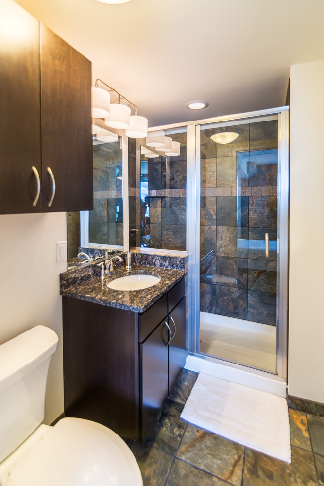 Loft 06 Bathroom
