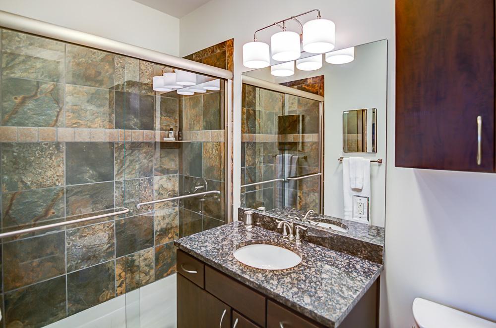07 Bathroom 2.jpg