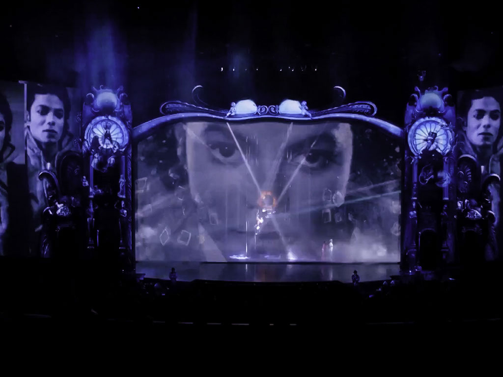 technomedia-michael-jackson-one-cirque-du-soleil-immersive-projection-2x-2.jpg