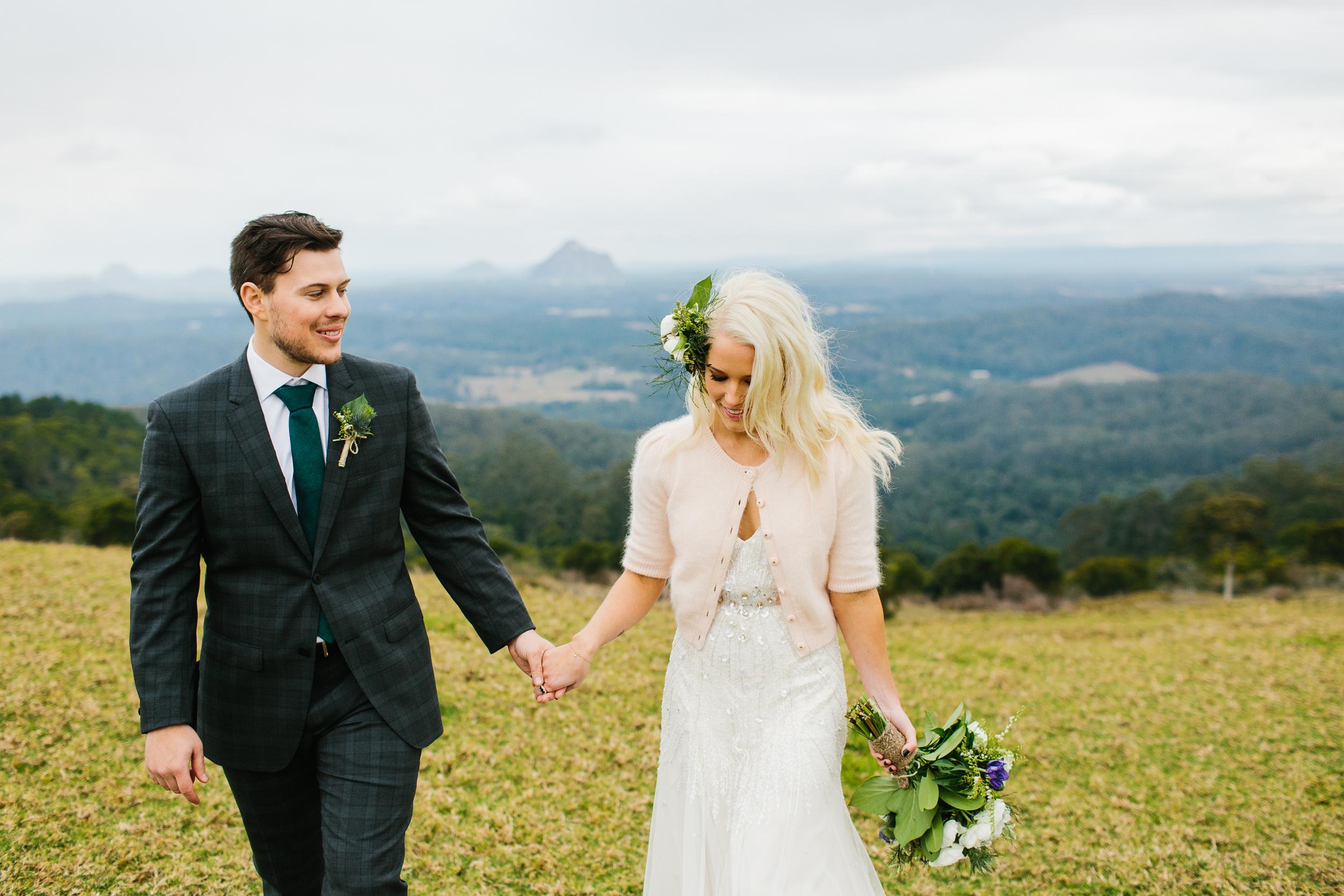 green-wedding-theme-groom-in-tartan-plaid