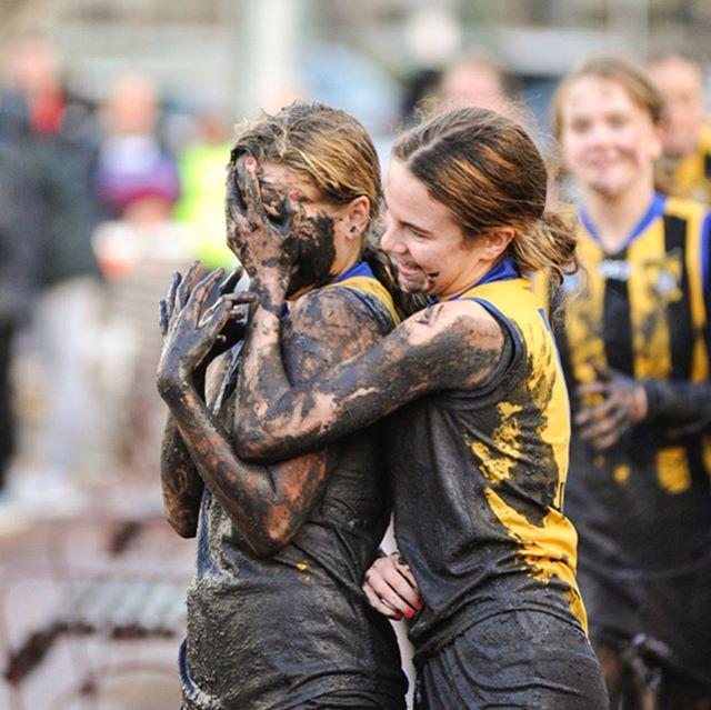 Round 14 U16 Girls Div 3. East Sandingham Zebras vs. Ajax @smjfl @gozebs #smjfl #eastsandringhamjfc #gozebs #localfootball #nikon #nikond700 #d700 #nofilter #sportsphotography