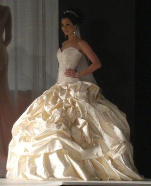 Savannah - 2009 QLD Brides Designs AwardsPeople's ChoiceWINNERClassique AwardRunner Up - 2rd