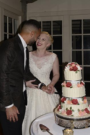 bespoke-bridal-designer-helena-couture-designs-custom-wedding-dresses-gold-coast-brisbane-byron-bay-affordable-real-brides-2019-sarah-brisco-dallas-cake.jpg