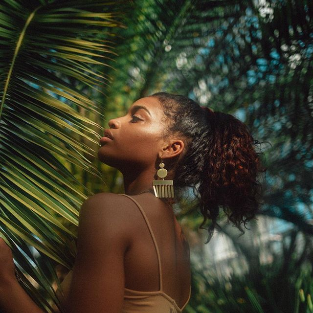 Still one of my favorite pictures of the double circle statement earrings worn by the beautiful @laurynjoslyn and photographed by @sugarmilkk !