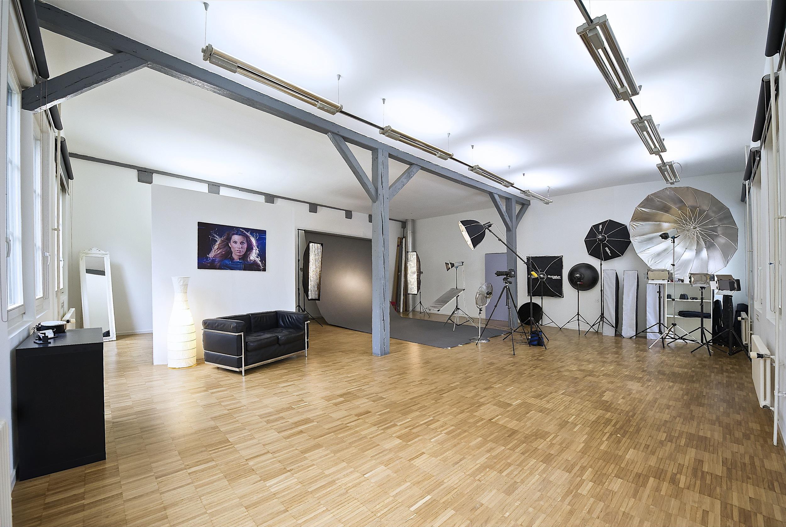 Studio 34
