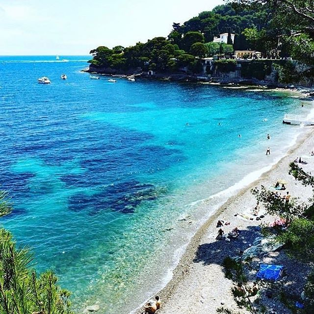 #rePLANOLY @saintjeancapferratofficiel ⠀⠀⠀⠀⠀⠀⠀⠀⠀ Beautiful Paloma beach in the South of France. Such a beautiful spot for the movie Fifty Shades 💙 . . #frenchriviera #frenchrivieralife #southoffrance #luxurydestination #saintjeancapferrat #bossmademoiselle #shemeansbusiness