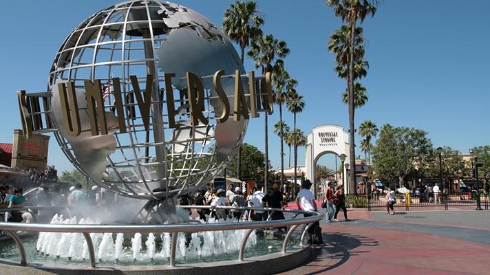 universal-studios-globe.jpg
