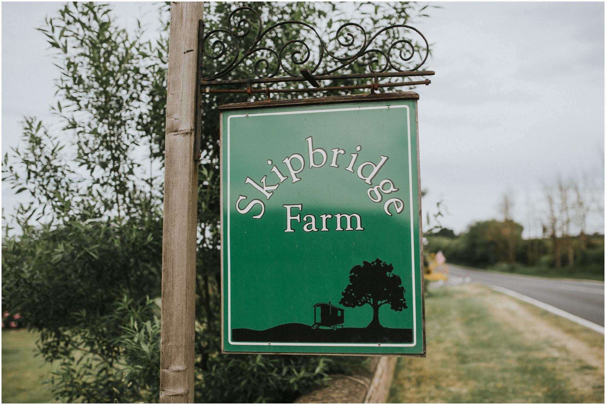 SkipbridegFarmWedding-LukeHolroyd-Yorkshirewedding_0005.jpg