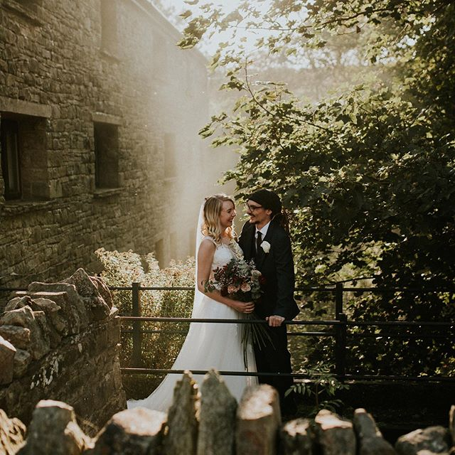 OK THIS HAPPENED YESTERDAY 😮 . . . . #weddingdress #bridedress #bridaldress #weddingwear #bride #bridehair #hairstyles #weddinghair #weddinginspo #pinterestinspo  #bridalwear  #bridetobe #bride2020 #bride2019 #wedding #wedding  #weddingday #weddinginspo #weddinginspiration #weddingteam  #weddingmakeup #weddinghair #hairstyles #weddingstyle #bridesmaiddress #documentaryweddingphotography