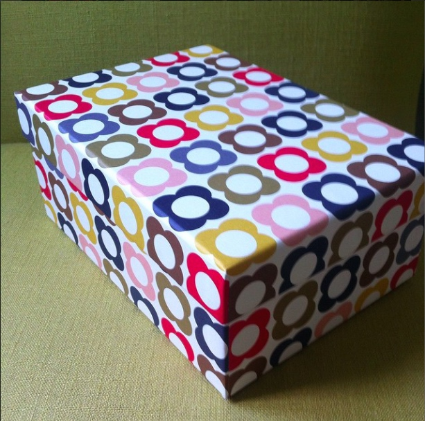 DAY 8: FLORAL, WAS A GIFT BOX NOW A STORAGE BOX