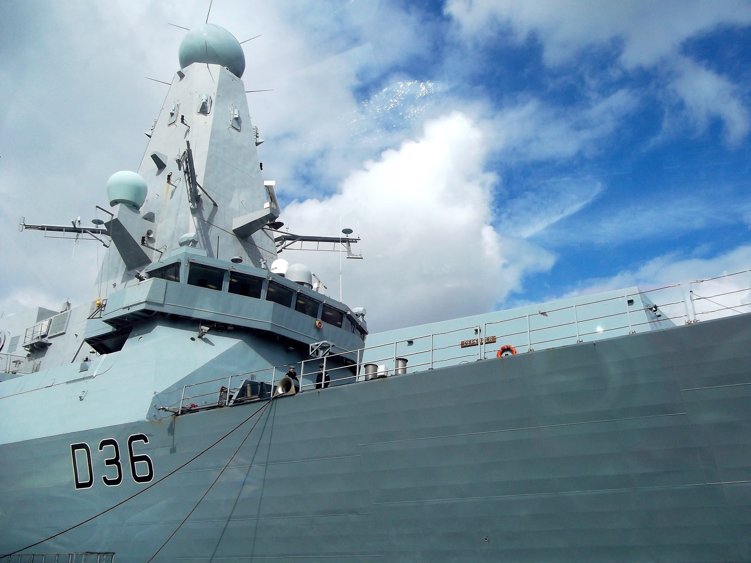 HMSDefender_closeup.jpg