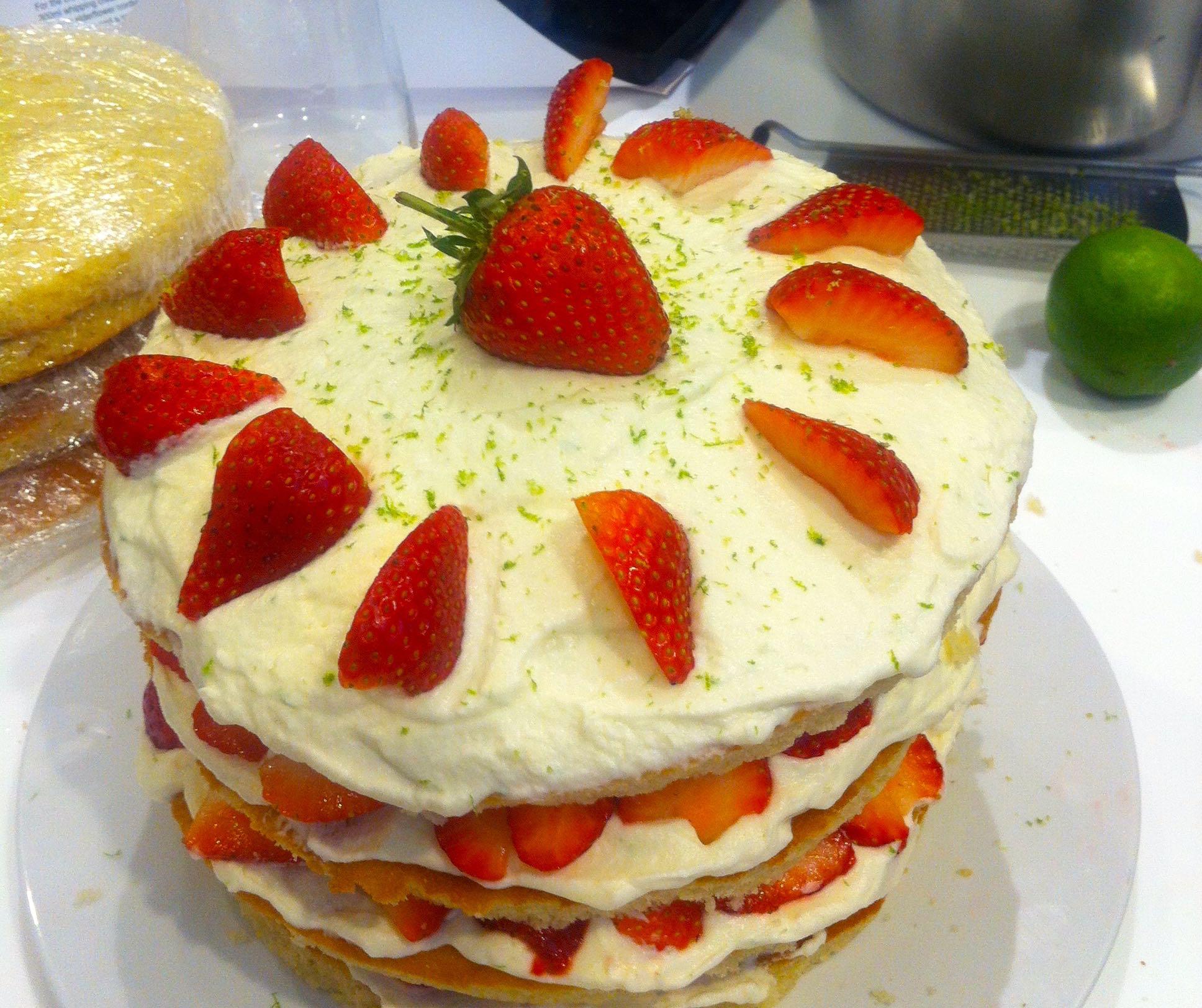 STRAWBERRY AND ELDERFLOWER CREAM LAYER CAKE