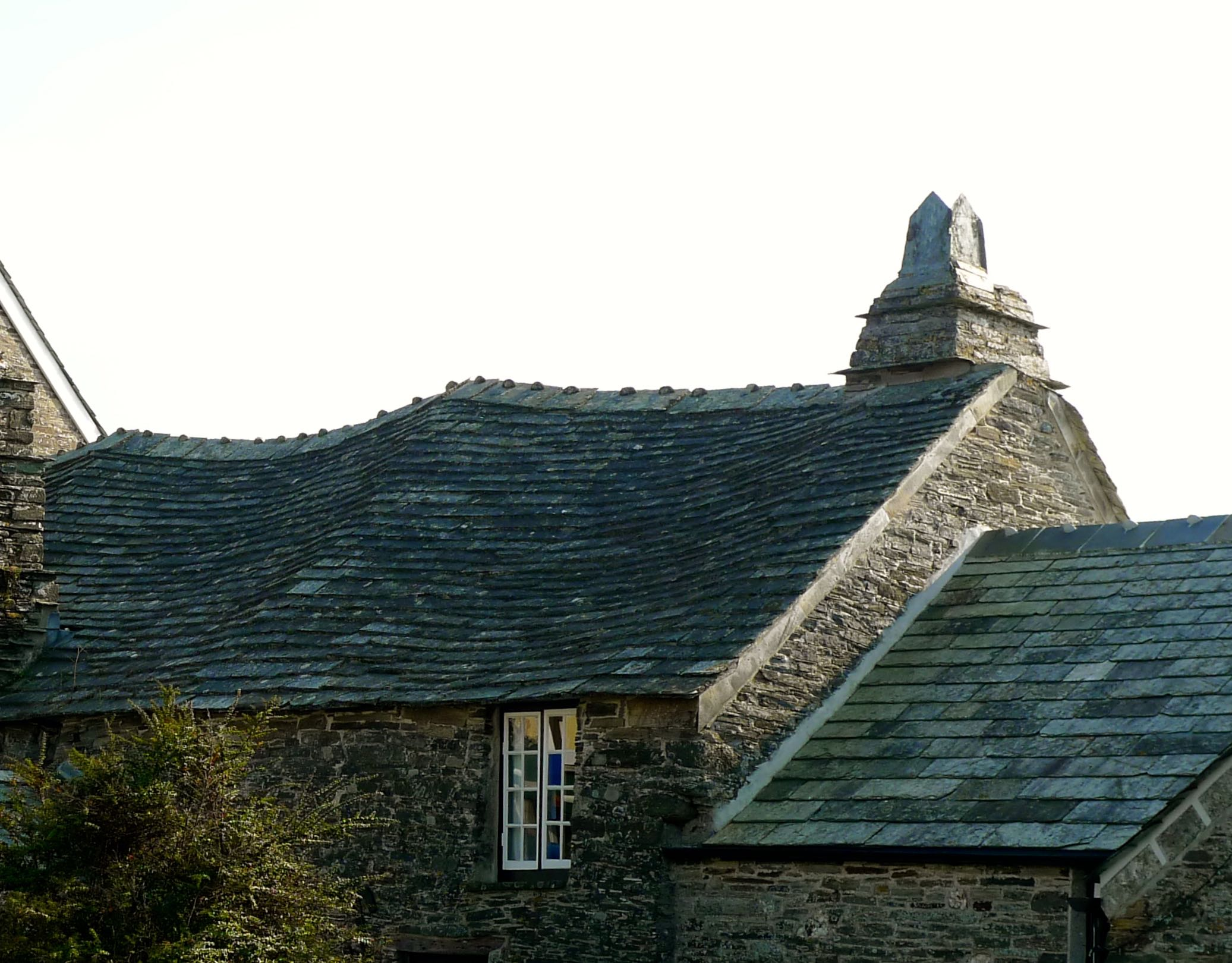 The old post office Tintagel Cornwall.jpg