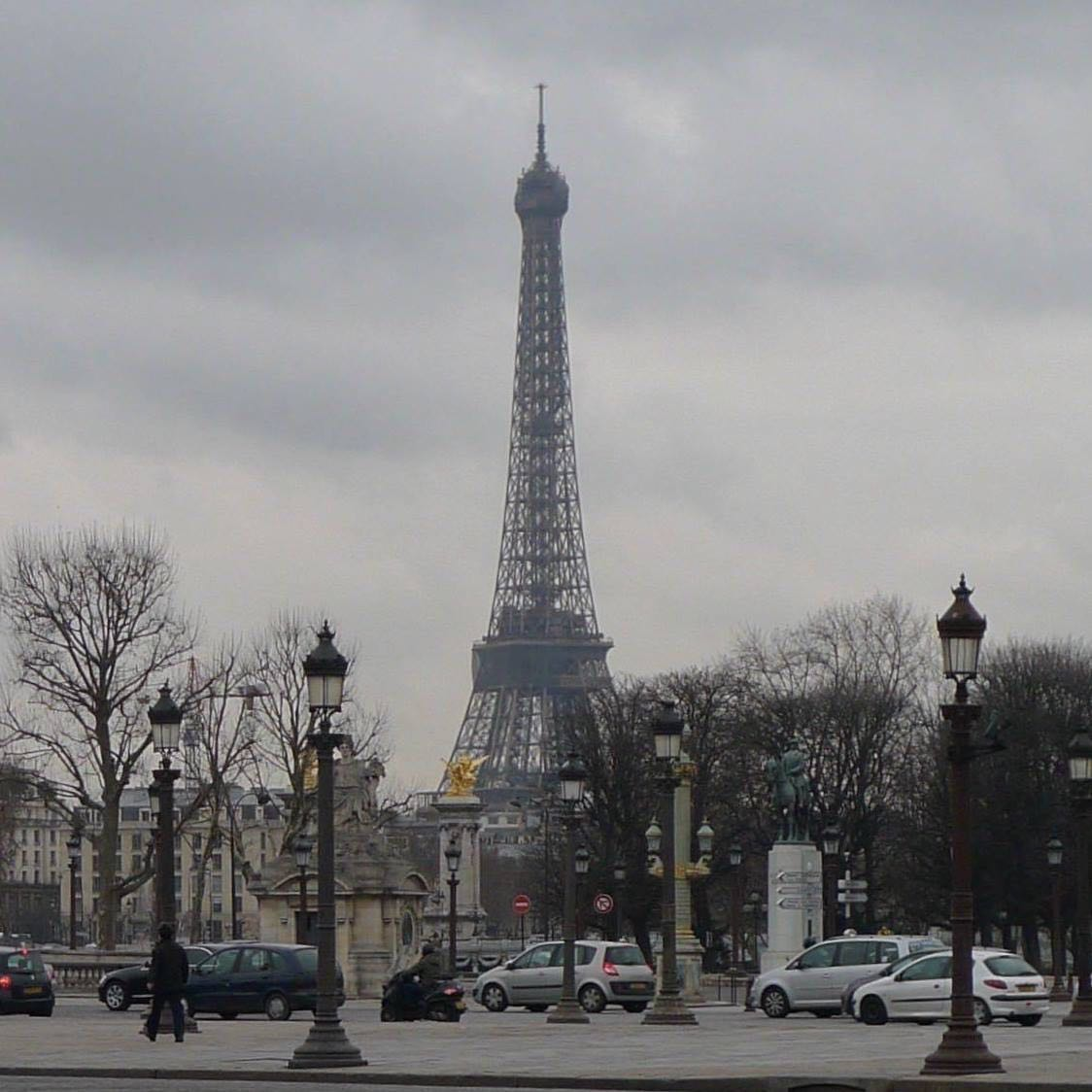THE EIFFEL TOWER, JANUARY 2010