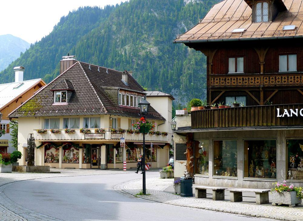 June: Oh wow, Oberammergau!