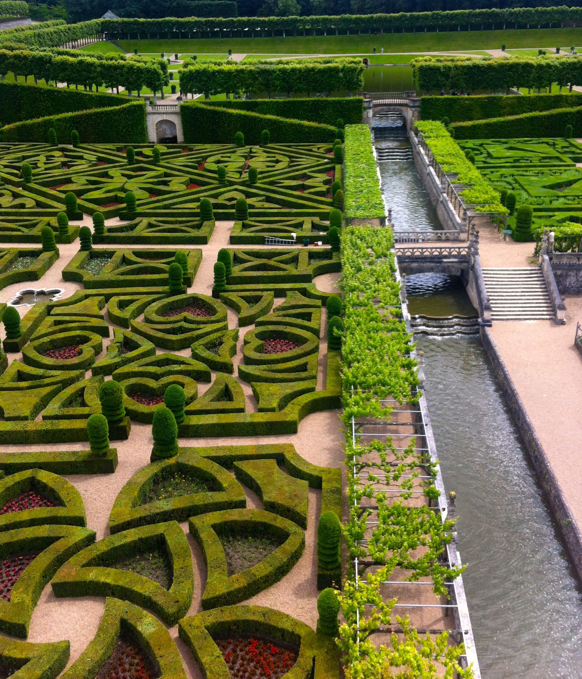 THE FAMOUS GARDENS AT VILLANDRY
