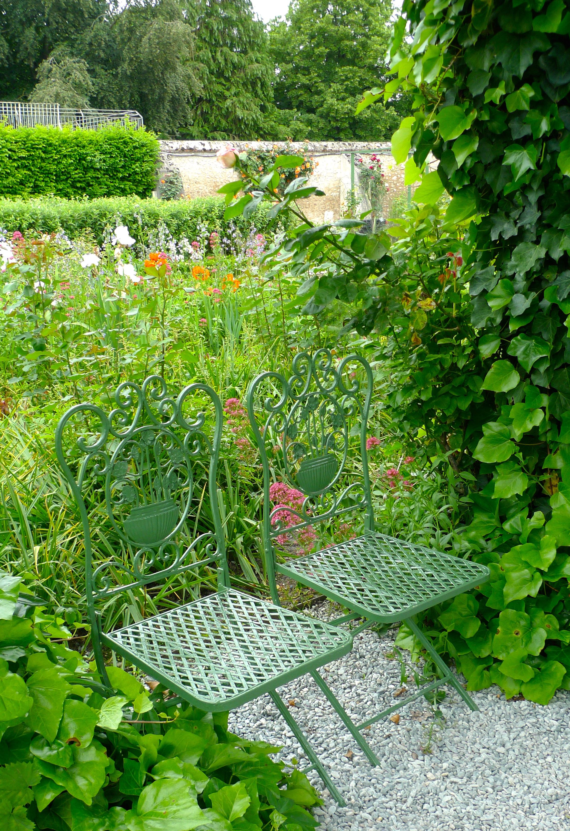 A place to sit and enjoy the view over the jardin potager at Cheverny
