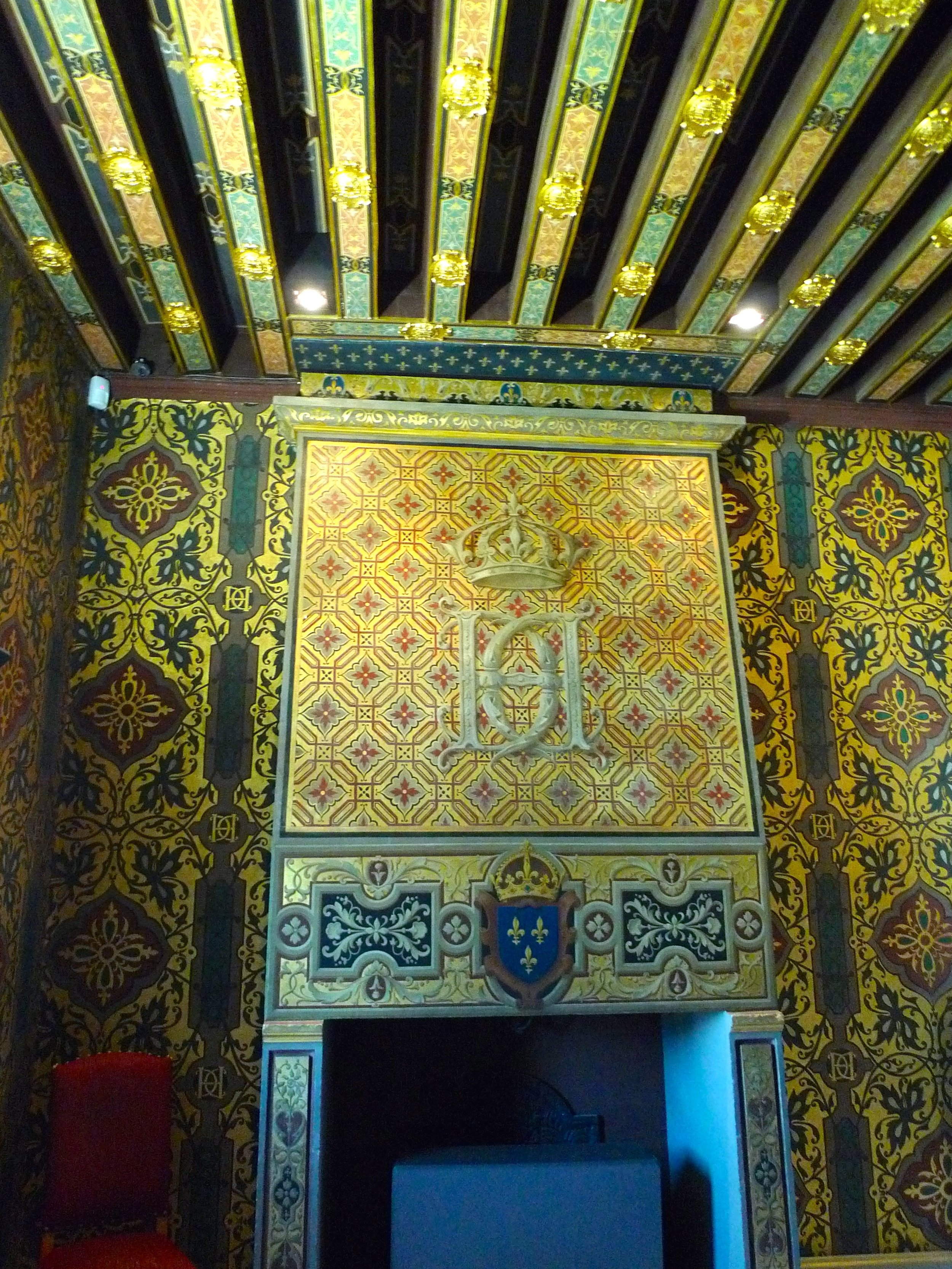 As you'd expect the Kings Bedchamber has one an ornate fireplaces