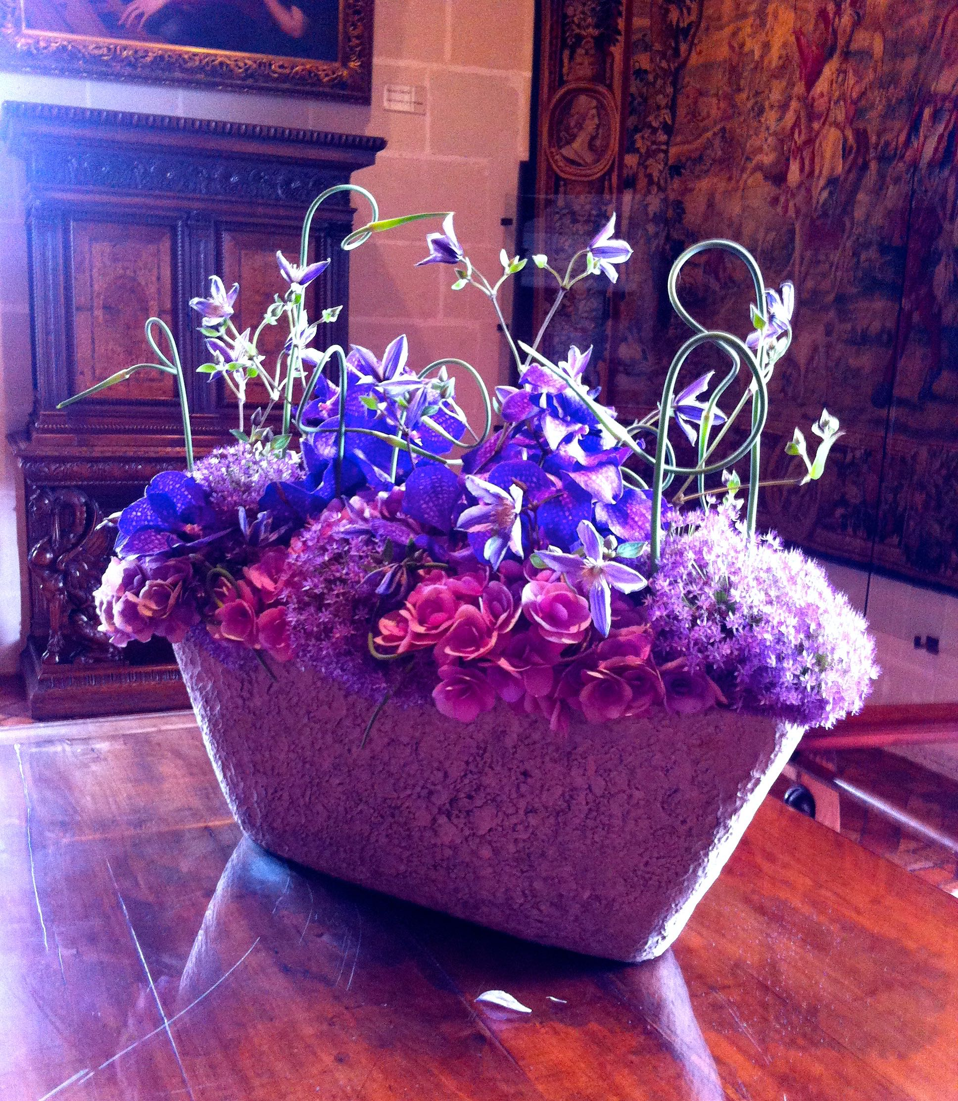 pinks and purples in a modern arrangement