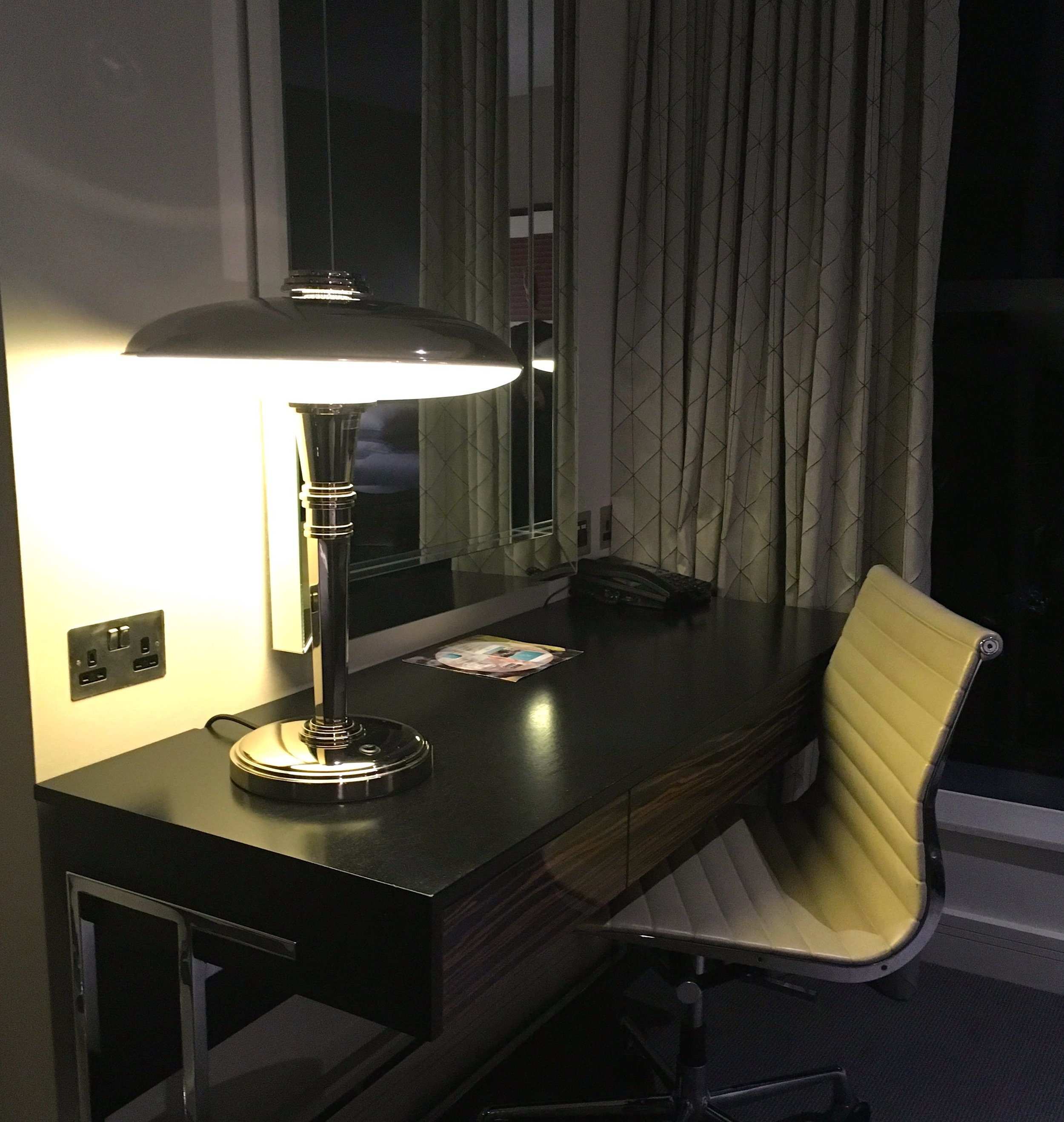 Brooklands Hotel Weybridge - there's always a desk in a hotel room isn't there