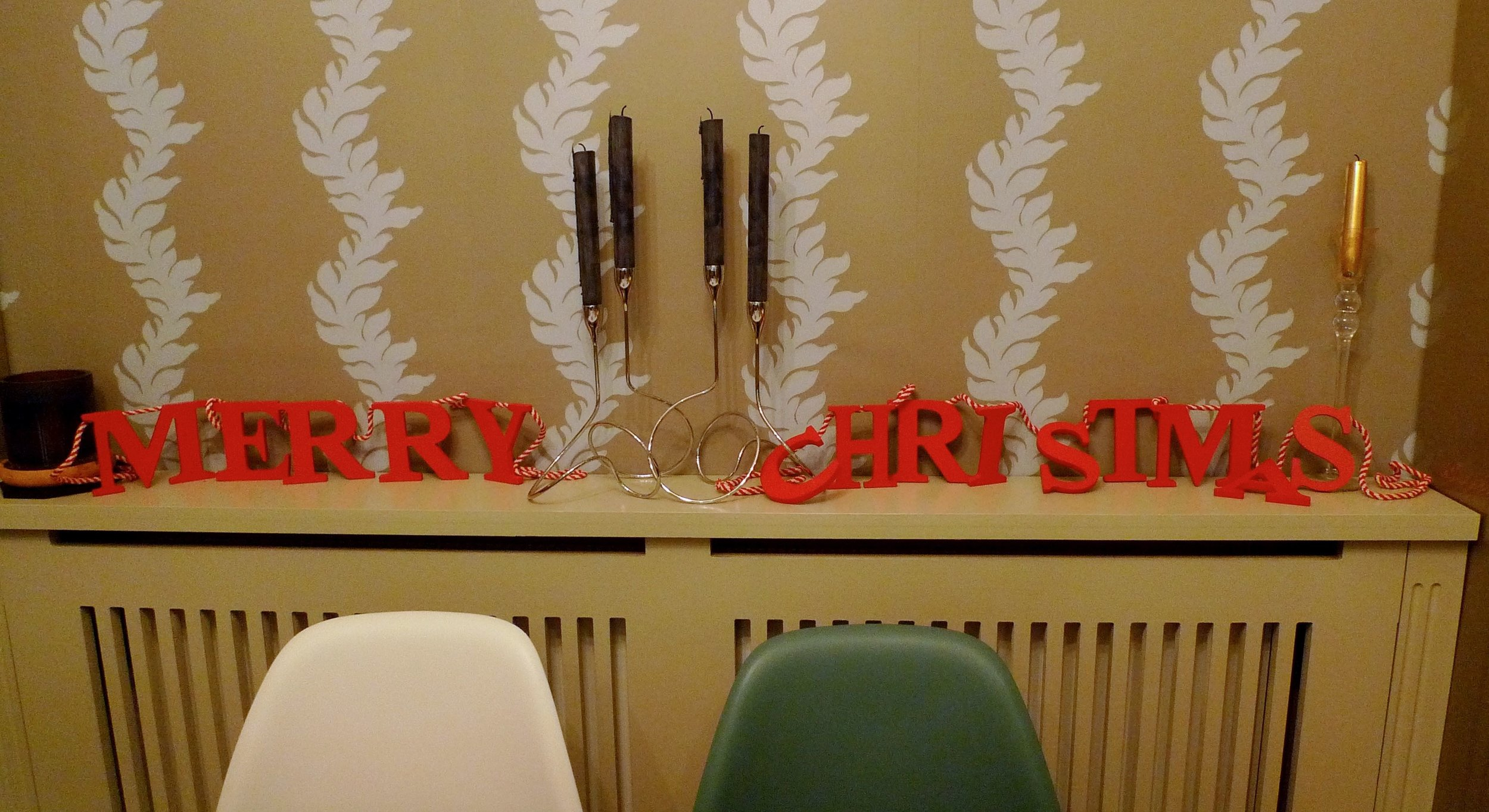 Merry Christmas wooden banner, which of course I couldn't just hang on the wall