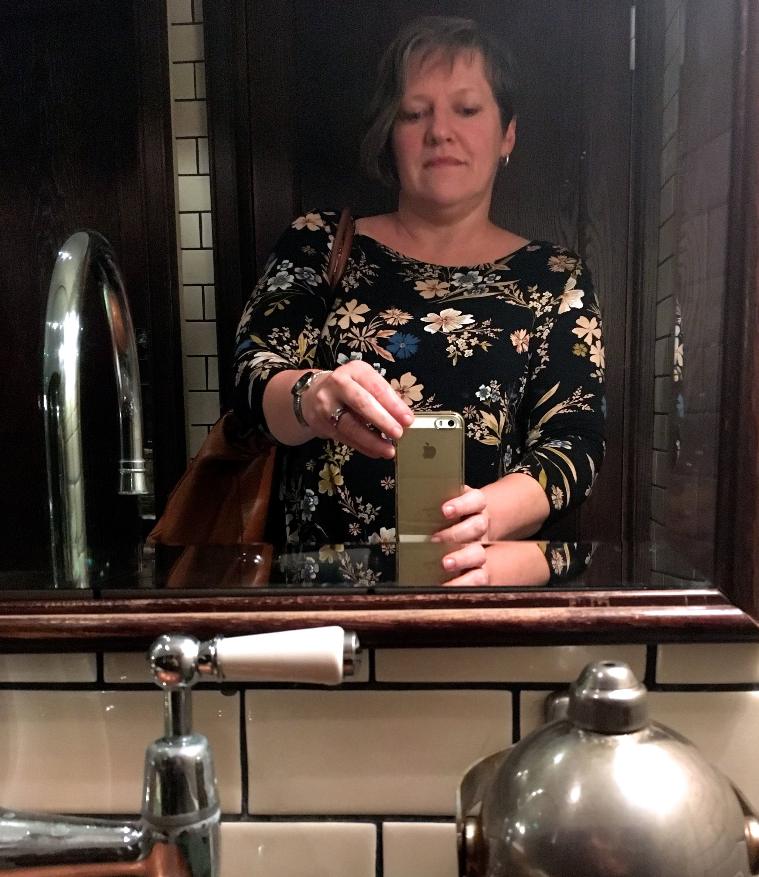 Mirrors and me in the Ladies at les deux salons in central london
