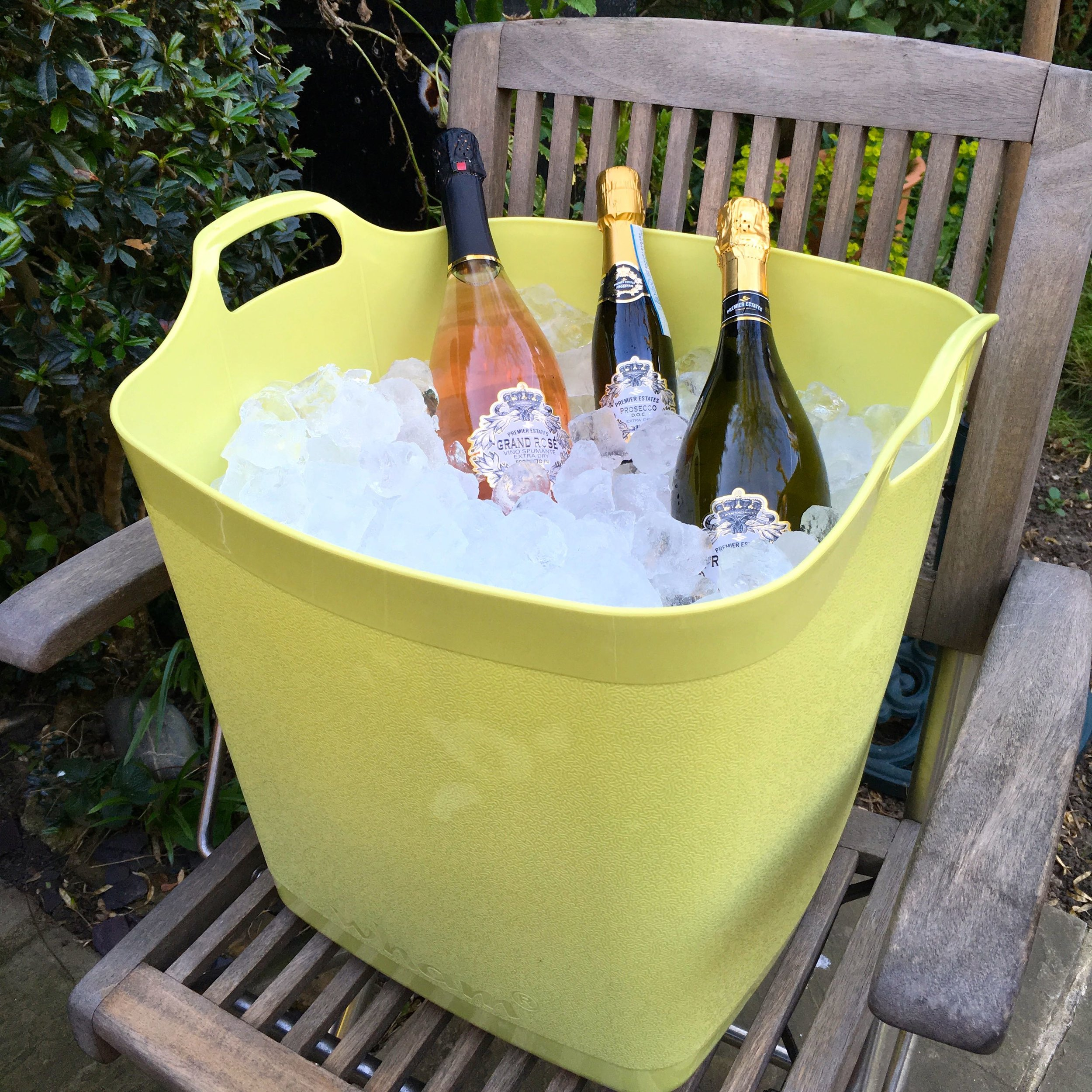 The ice bucket cum flexi-square trug is a good size