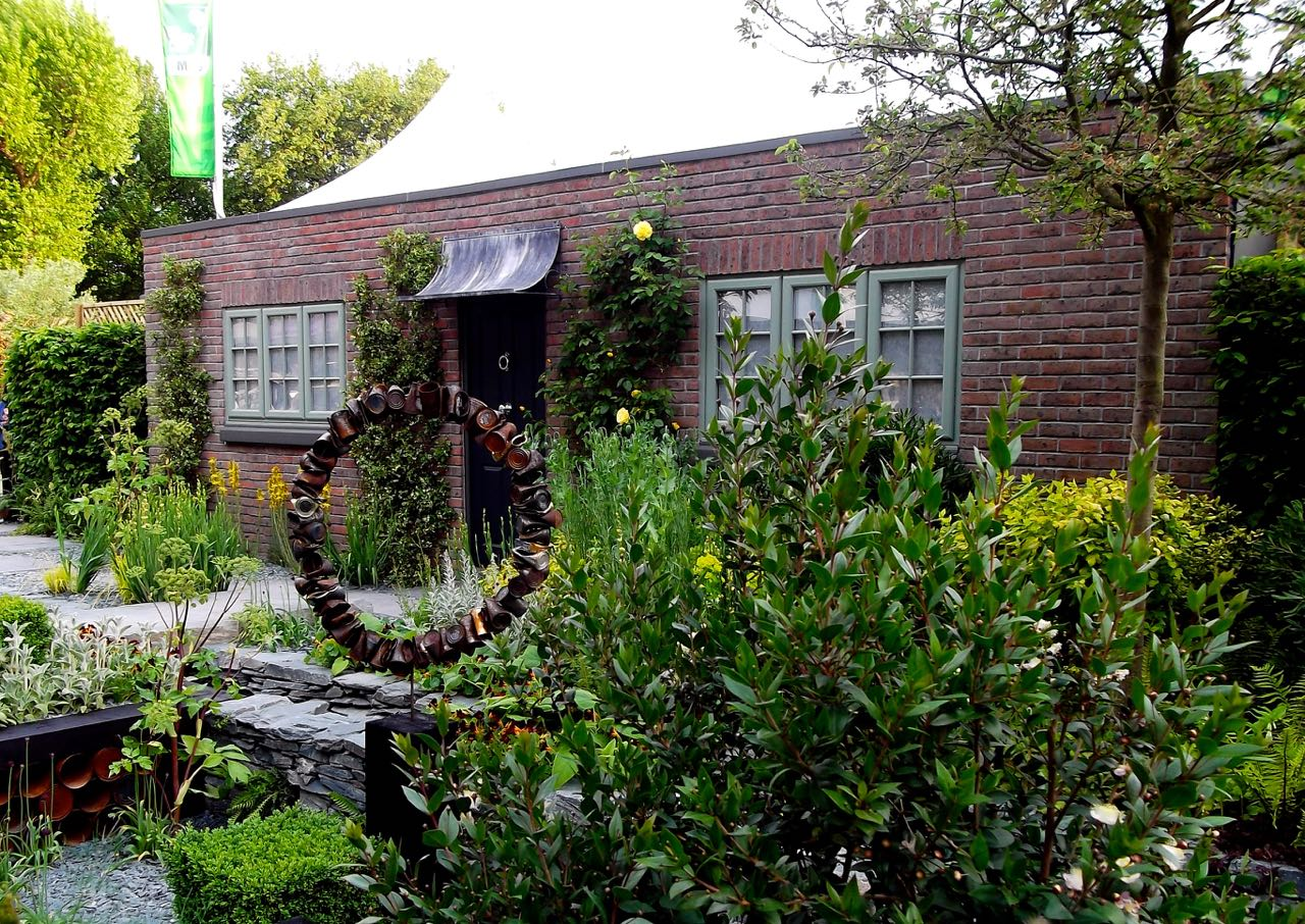The Great Chelsea Garden Challenge 2015 - a front garden by Sean Murray