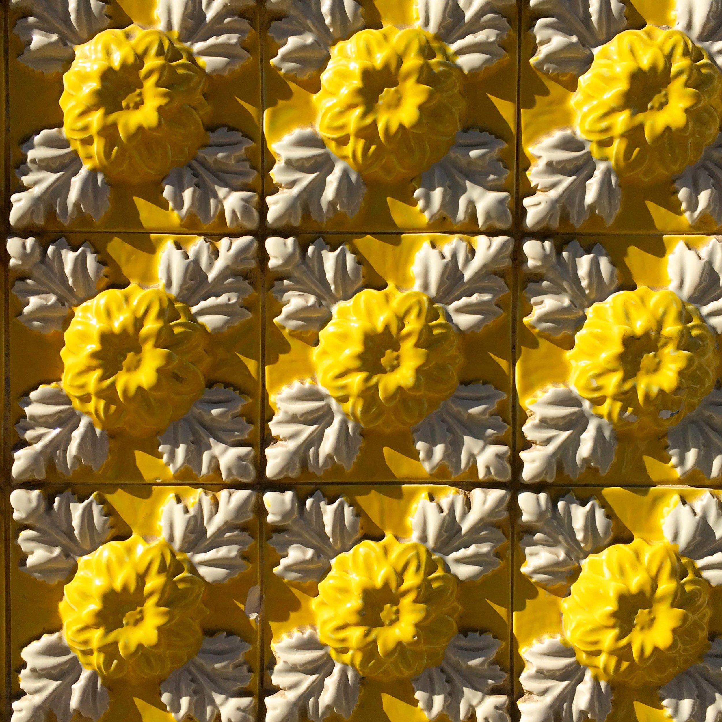 Sunny yellow tiles in Porto