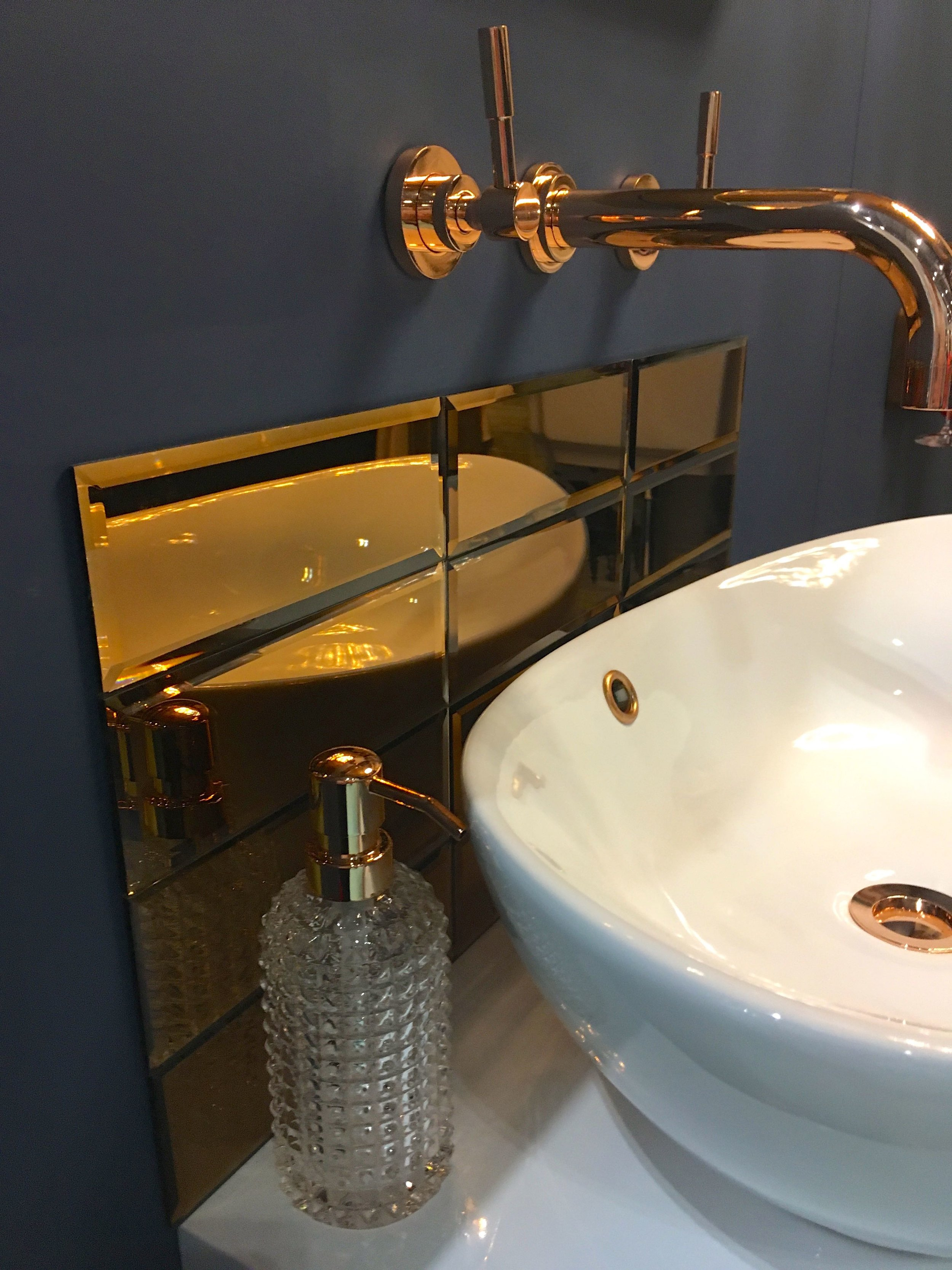 METALLIC GLAMOUR AT THIS YEAR'S GRAND DESIGNS LIVE