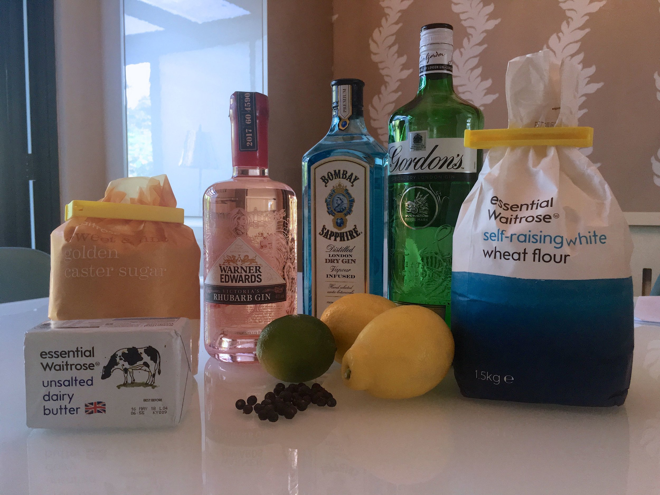 THE MAIN INGREDIENTS - BUT WHICH GIN TO USE?