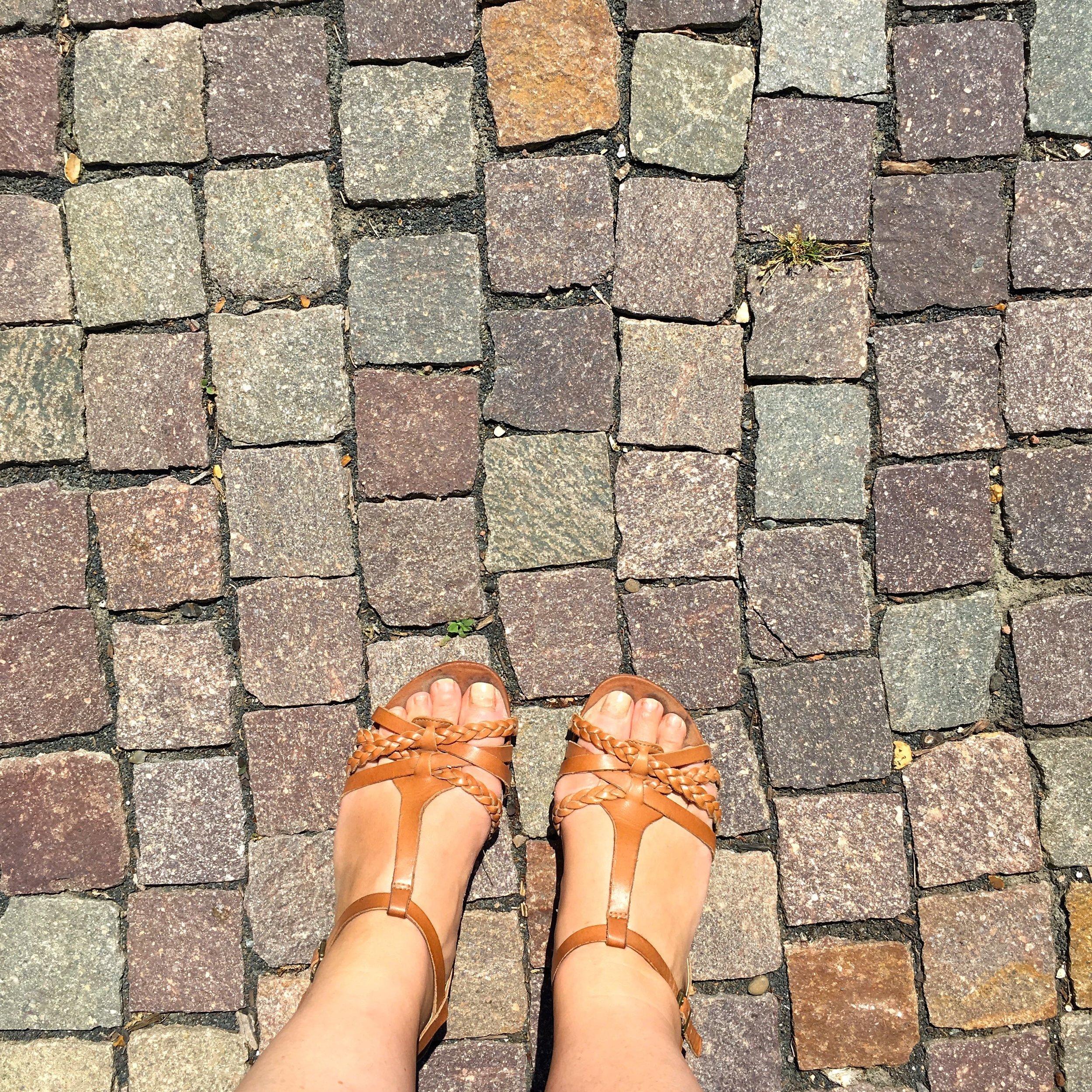hot feet in the vegetable garden