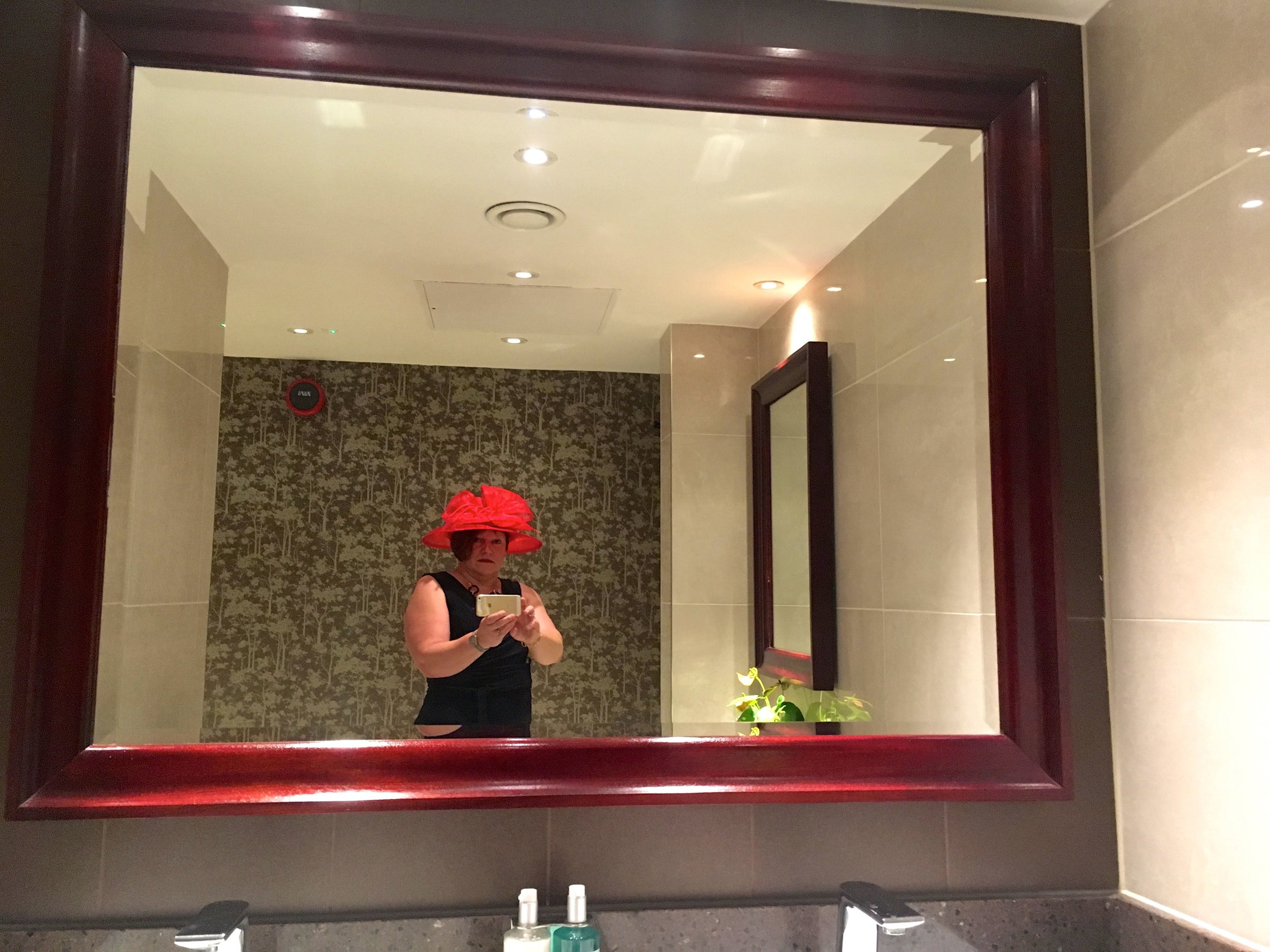 And voila, a quick change in the loos at The Grosvenor