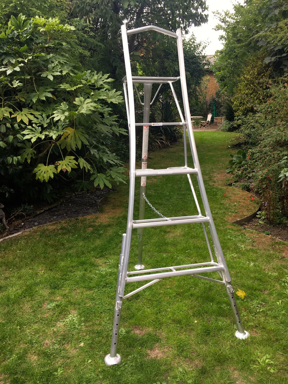 OCTOBER:  UP THE LADDER, WITHOUT A WOBBLE