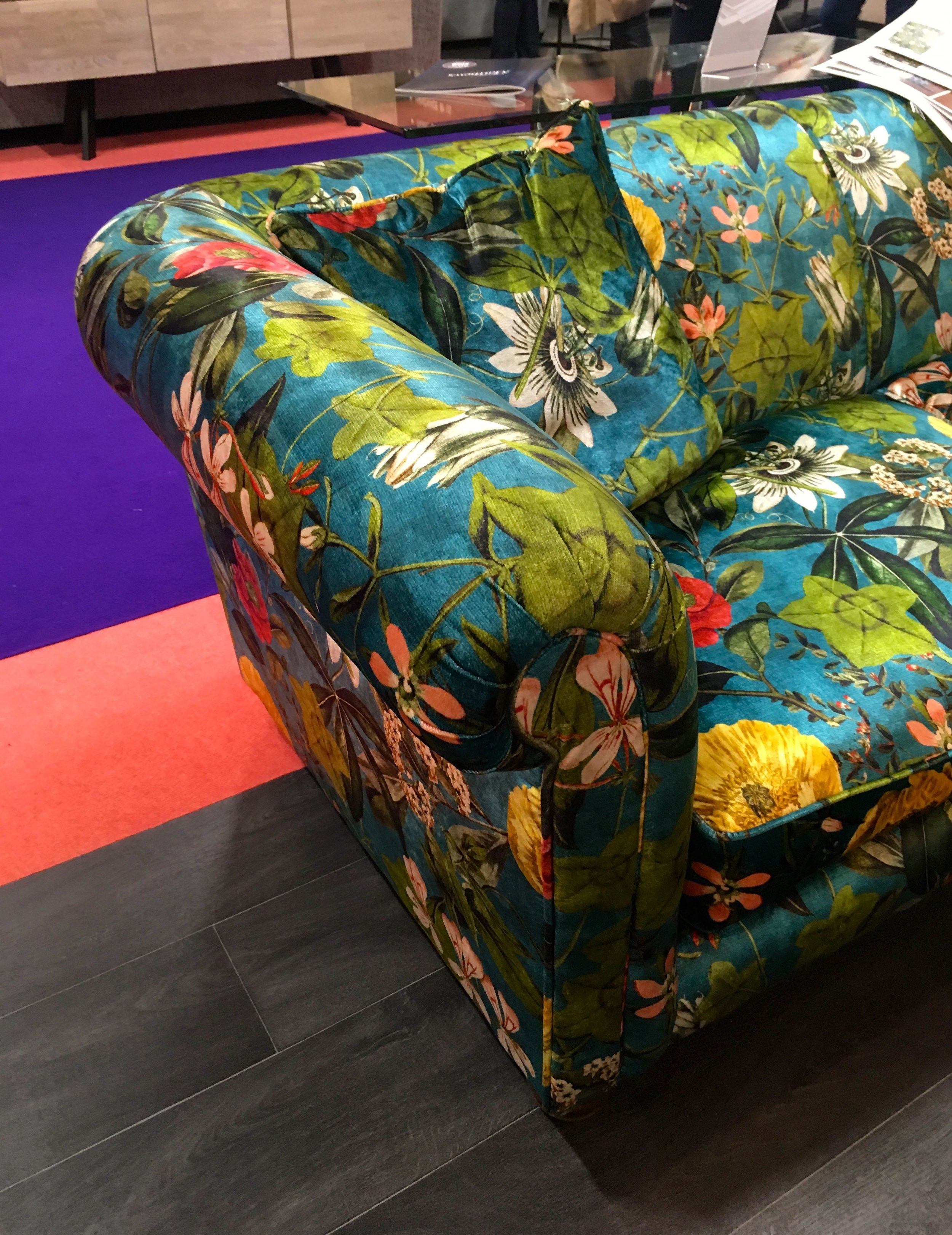 A PATTERNED SOFA