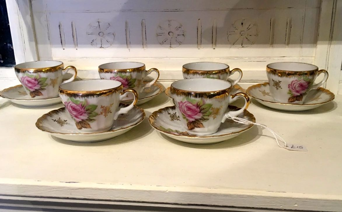 vintage rose tea set