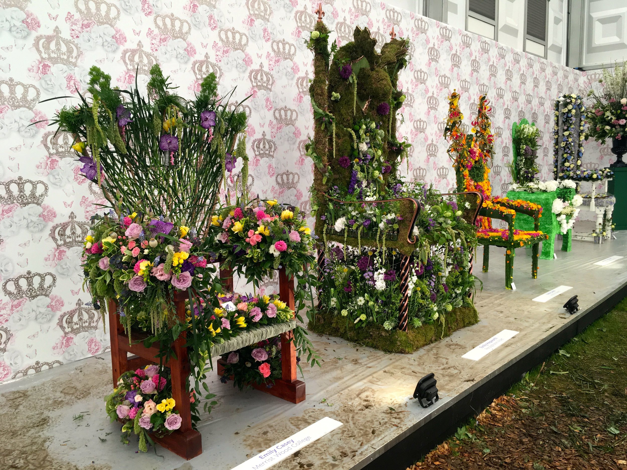 A row of floral thrones at the 2018 chelsea flower show
