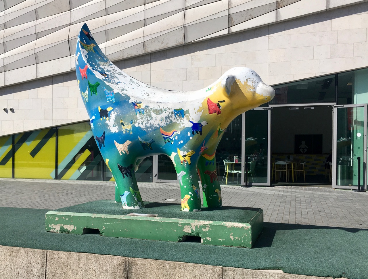 ANOTHER SUPERLAMBANANA OUTSIDE THE MUSEUM OF LIVERPOOL